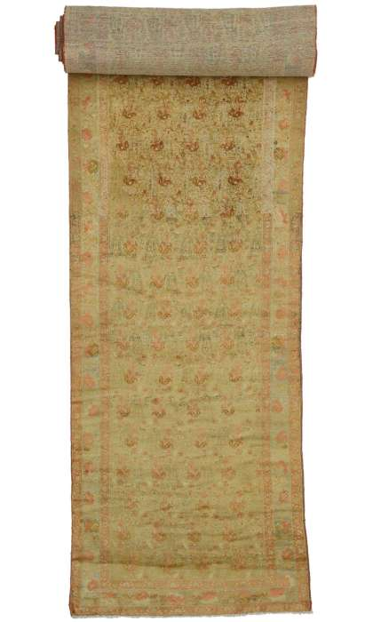 4 x 28 Antique Mahal Rug 76571