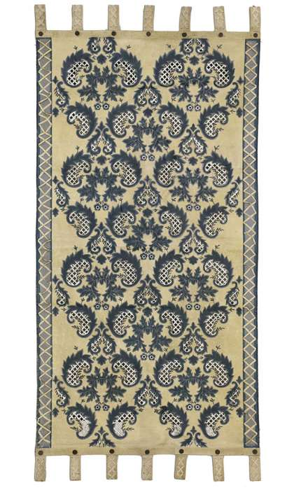 2 x 4 Vintage Tapestry 76894