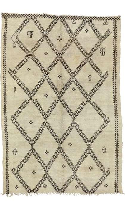 6 x 9 Vintage Moroccan Rug 20746