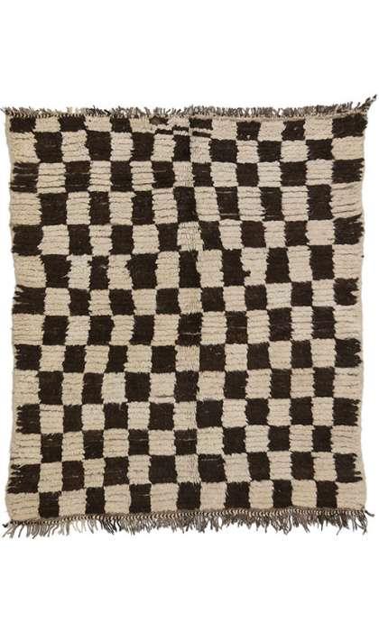 4 x 5 Vintage Moroccan Rug 74571